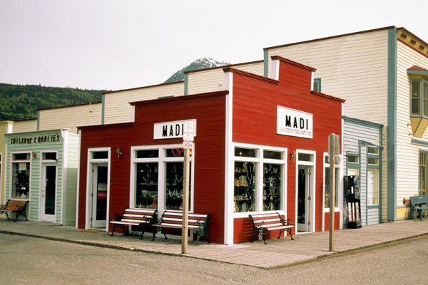 Commercial store with red exterior walls